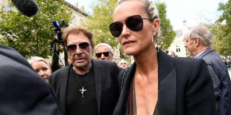 """Héritage de Johnny Hallyday : Laeticia accuse David et Laura de se """"victimiser"""" pour la """"salir"""""""