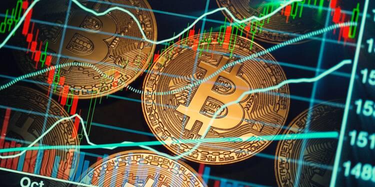 Bitcoin : pourquoi son cours a gagné 1000 dollars en 45 minutes
