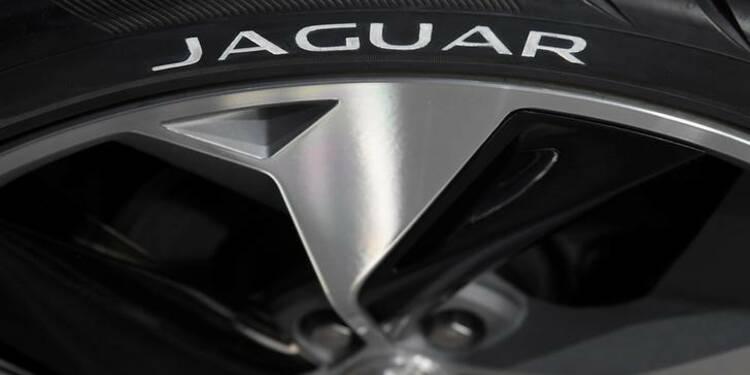 Jaguar Land Rover supprime des postes et réduit sa production