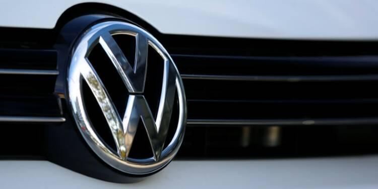 Le pôle poids lourds de VW envisage à terme d'acquérir Navistar