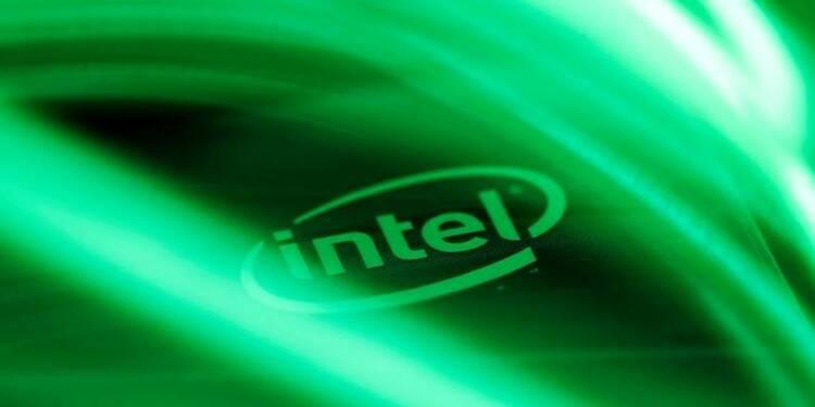 Intel relève ses prévisions annuelles, le titre progresse