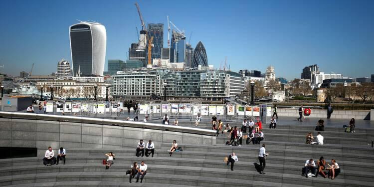 Croissance britannique au plus bas depuis 2012, doutes sur une hausse des taux