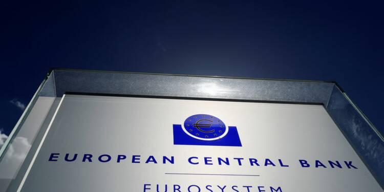 Une guerre commerciale menacerait la reprise mondiale, dit la BCE