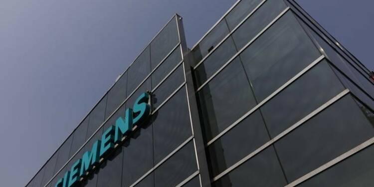 Siemens relève sa prévision de bénéfice, le titre grimpe