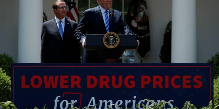 Trump dénonce les prix des médicaments aux USA