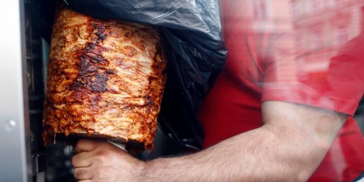 Dans le Var, un maire débourse 57 000 euros pour fermer un kebab