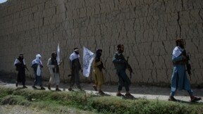 Afghanistan: les talibans évitent les foules après un attentat
