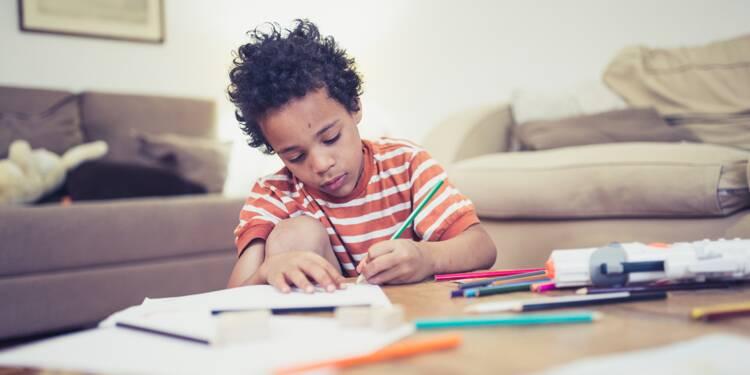 Faire l'hélico, une technique efficace pour que vos enfants fassent leurs devoirs