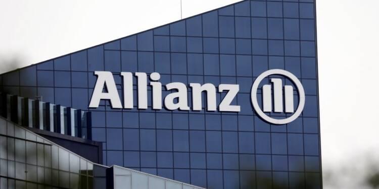 Allianz dément vouloir supprimer 5.000 postes en Allemagne