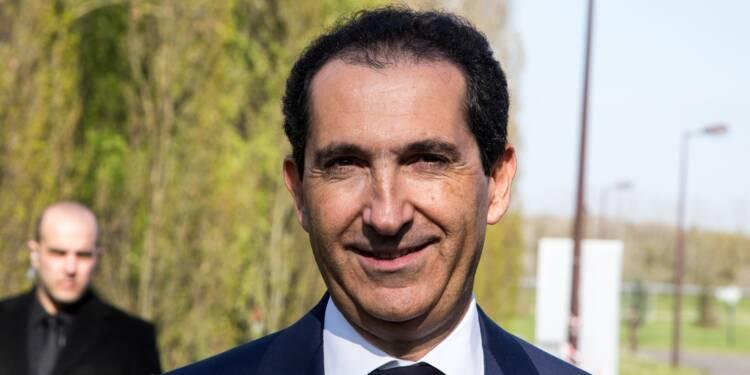 SFR : Patrick Drahi se désendette (un peu) en vendant des parts dans ses tours