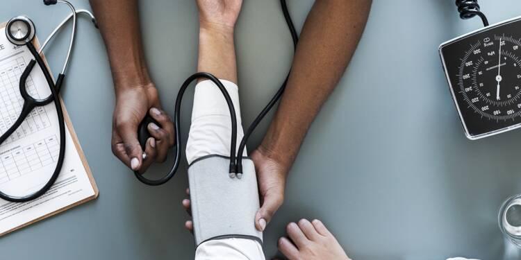 Sondage exclusif YouGov : 77% des Français demandent qu'on contrôle mieux les arrêts maladie