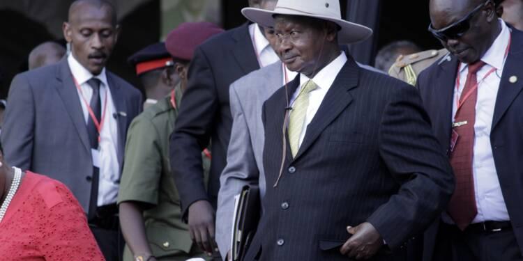 En Ouganda, le pouvoir invente une taxe sur le « commérage »