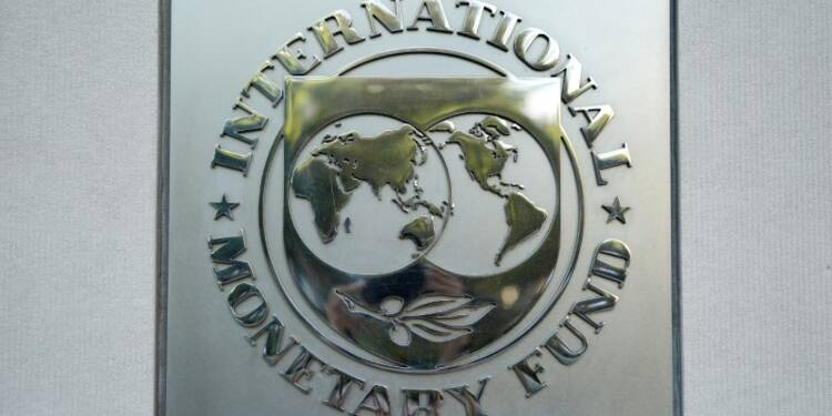 La croissance mondiale menacée par les tensions commerciales, selon le FMI