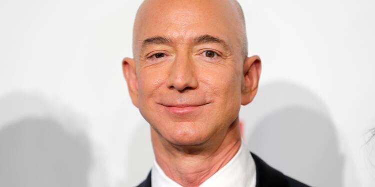 Le patron d'Amazon est l'homme le plus riche de tous les temps (ou presque)