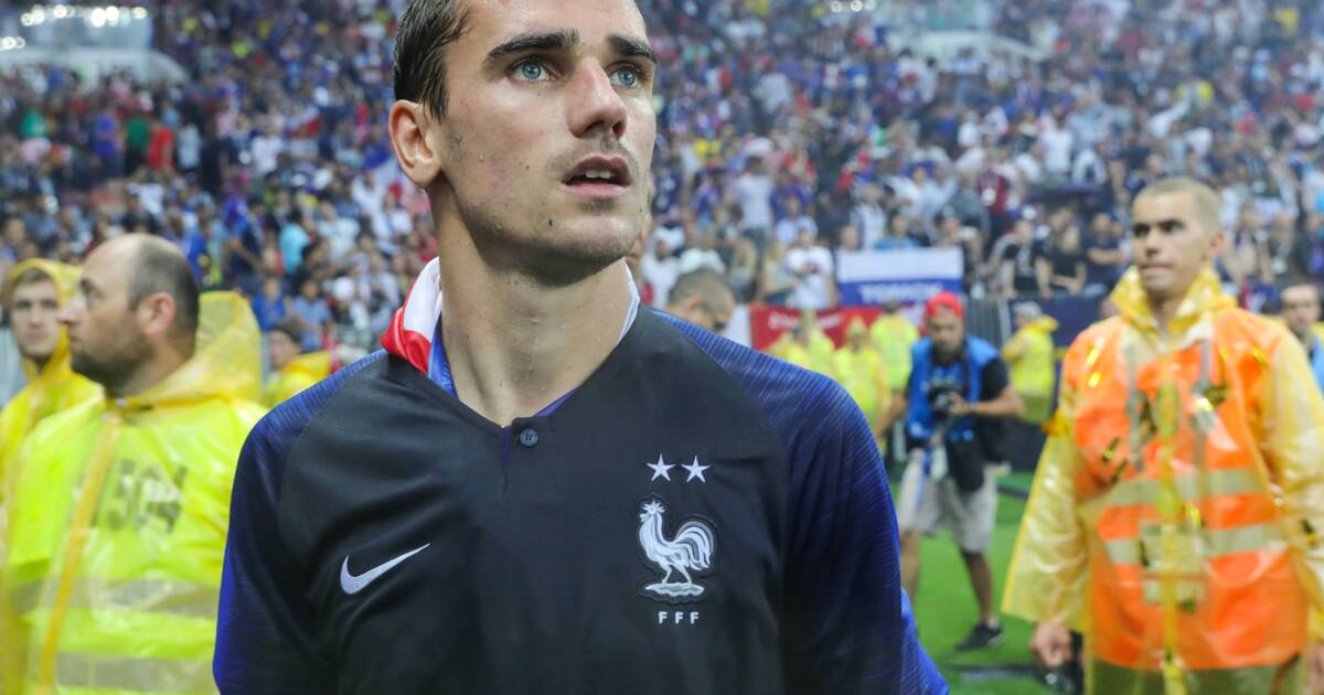 835518c56e66c2 Maillot 2 étoiles de l'équipe de France : mais pourquoi Nike met-il autant  de temps à le livrer ?