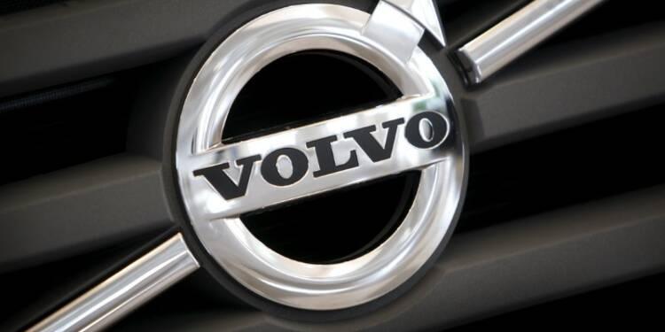 AB Volvo fait mieux que prévu au deuxième trimestre, le titre monte