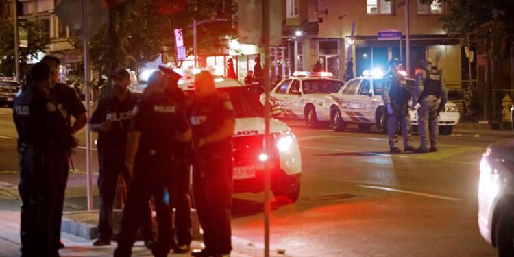 Fusillade à Toronto: deux tuées et 13 blessés, le tireur est mort