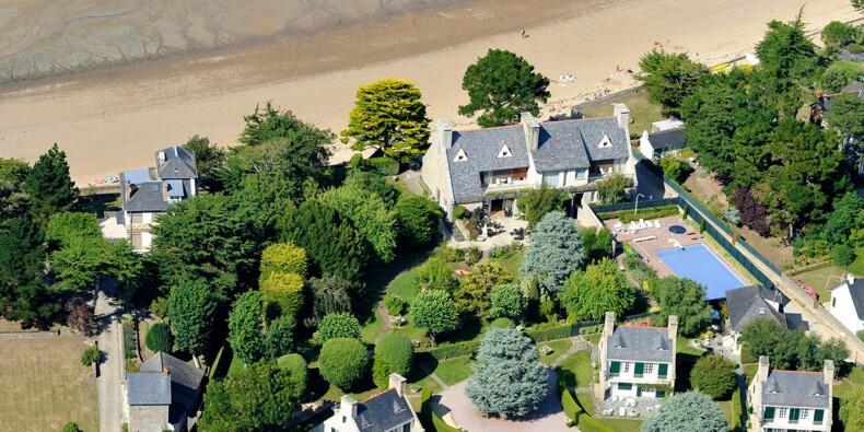 François Pinault, Noël le Graët… découvrez les superbes villas des grands patrons en Bretagne et en Normandie