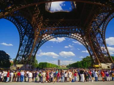 Tour Eiffel, Taj Mahal… Face aux touristes, les monuments contre attaquent