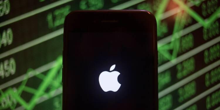 Qu'auriez vous gagné en pariant 1.000 euros sur Apple et Amazon il y a 10 ans ?