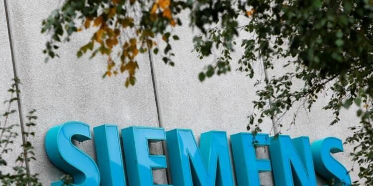Siemens dément envisager de supprimer 20.000 emplois