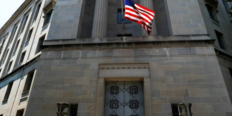 USA: Feu vert en vue pour deux méga-fusions dans la santé, selon le Wall Street Journal