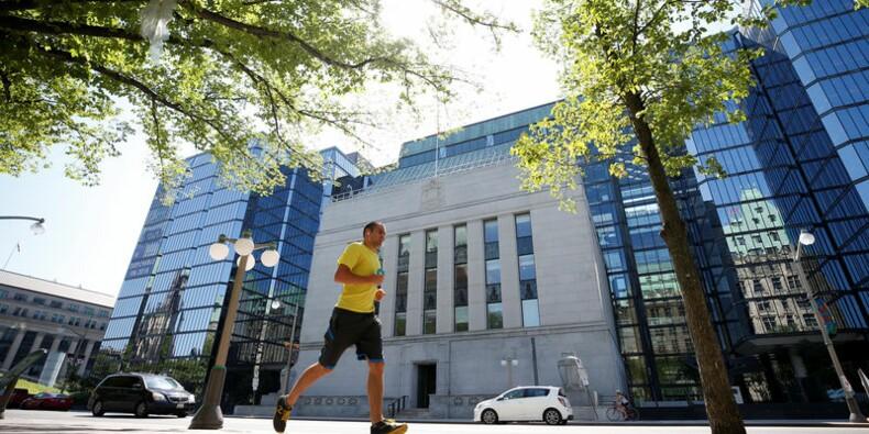 La Banque du Canada laisse son taux directeur inchangé