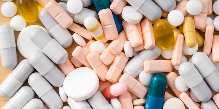"""Un labo quintuple le prix de son médicament """"par devoir moral"""""""