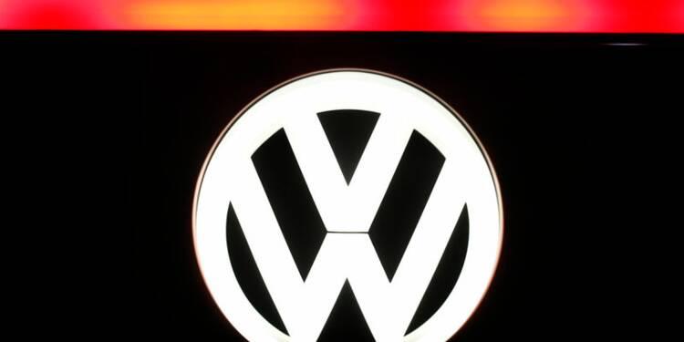 VW discutera lundi de l'avenir de Stadler à la tête d'Audi, selon Der Spiegel
