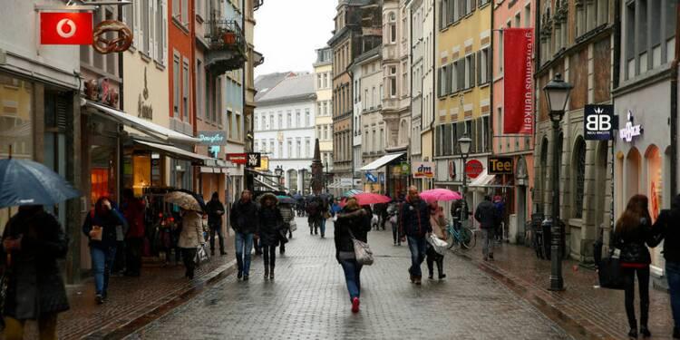 Zone euro: Repli plus fort que prévu de la confiance du consommateur
