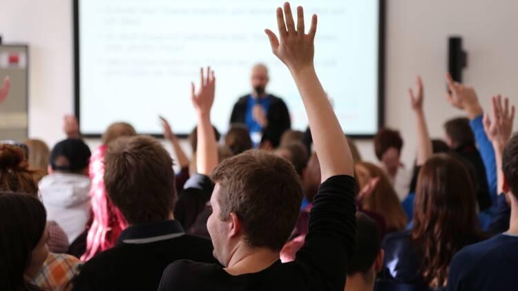 """La tribune d'un ancien prof en école de commerce secoue le monde des """"business school"""""""
