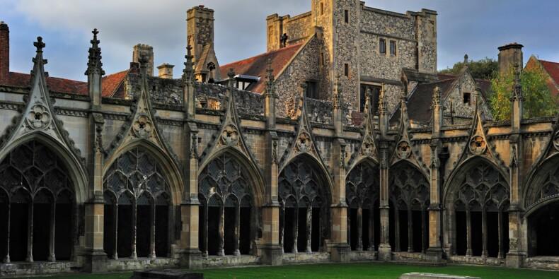 L'Eglise d'Angleterre dénonce Amazon... mais investit dedans !