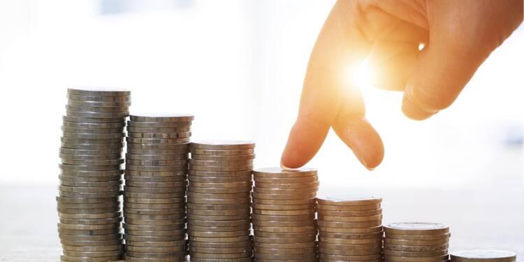 Dons associatifs en baisse : la faute aux réformes fiscales ?