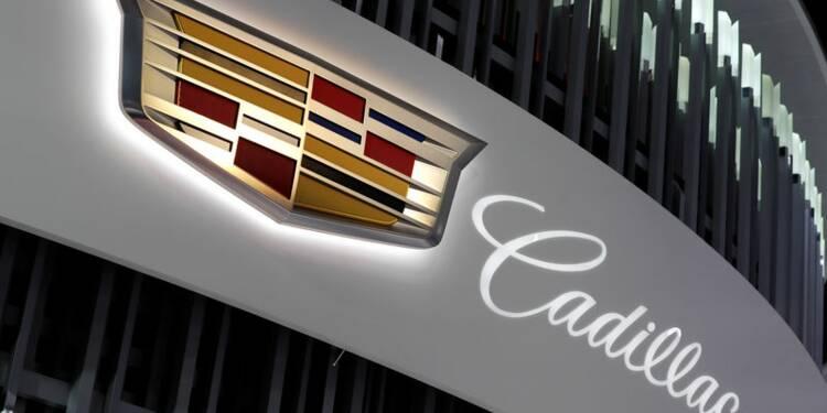 Test De Conduite >> Cadillac Devant Tesla Lors D Un Test De Conduite Semi Autonome