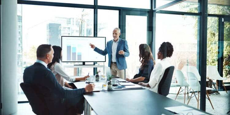 Devenir consultant : rôle, compétences et statut juridique