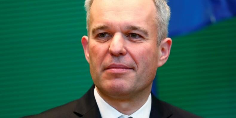 EDF: L'Etat étudie toutes les options, dont le statu quo, déclare de Rugy