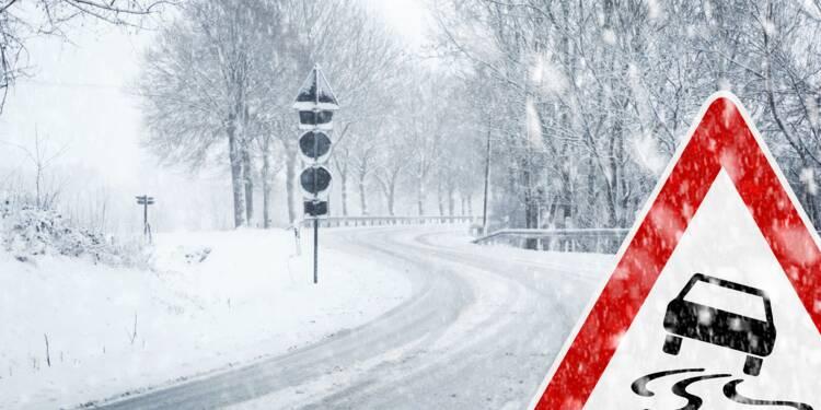 Le décret qui rend les pneus neige obligatoires est discuté par Édouard Philippe