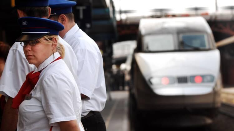 """SNCF : une salle de repos """"accessible au mérite"""" crée un scandale"""