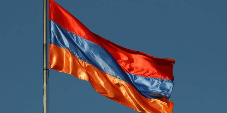 Arménie: Démission du Premier ministre pour provoquer des élections