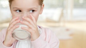 Goût suspect : des bouteilles de lait Candia rappelées
