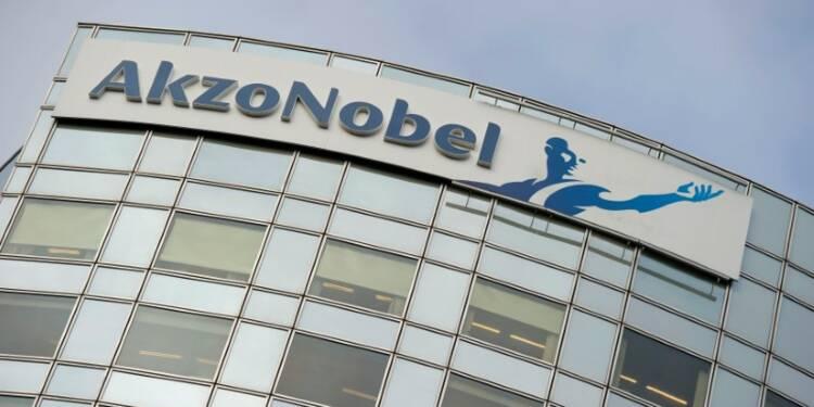 Akzo Nobel accroît son bénéfice au 3e trimestre, le titre monte