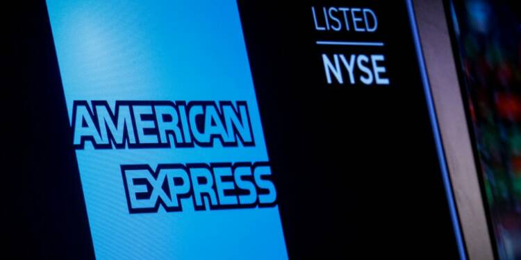 American Express bat le consensus et relève ses prévisions
