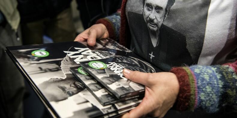 L'album posthume de Johnny met le feu aux ventes