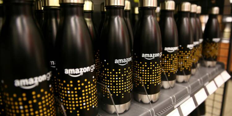 Amazon se renforce au Royaume-Uni, crée 1.000 emplois