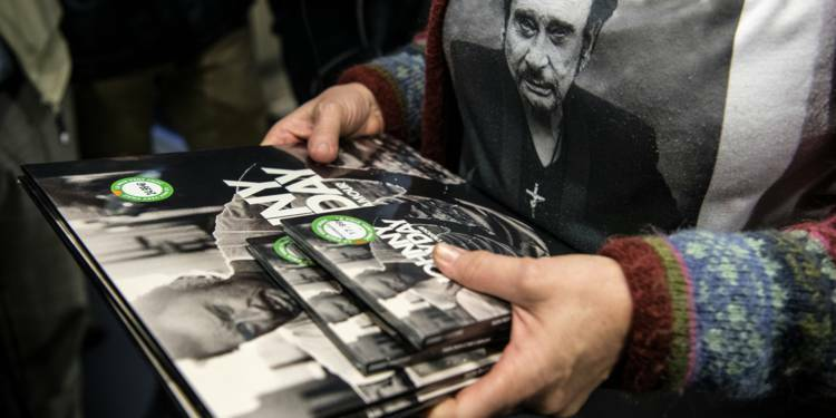 Album posthume de Johnny Hallyday : Warner édite 700.000 CD supplémentaires