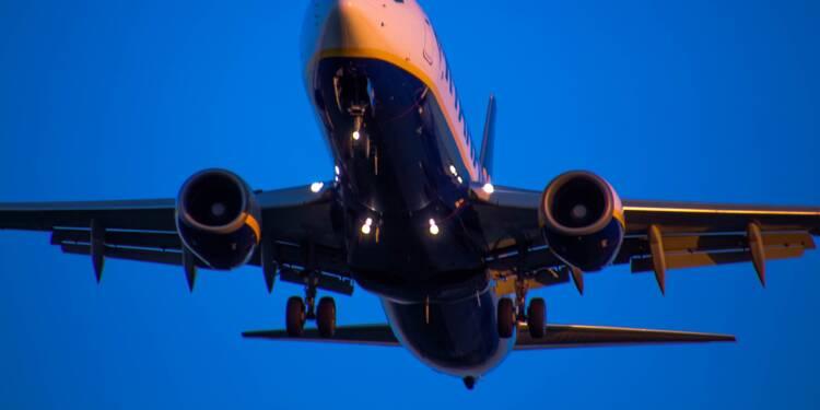 Ryanair mis en cause pour son laxisme face à des insultes racistes