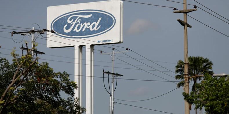 Ford a mieux résisté qu'attendu au troisième trimestre, le titre rebondit