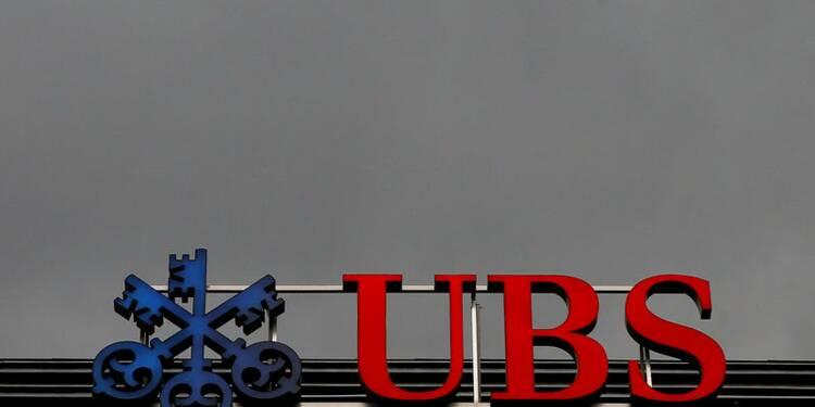 UBS fait mieux que prévu au troisième trimestre, vise les riches Américains