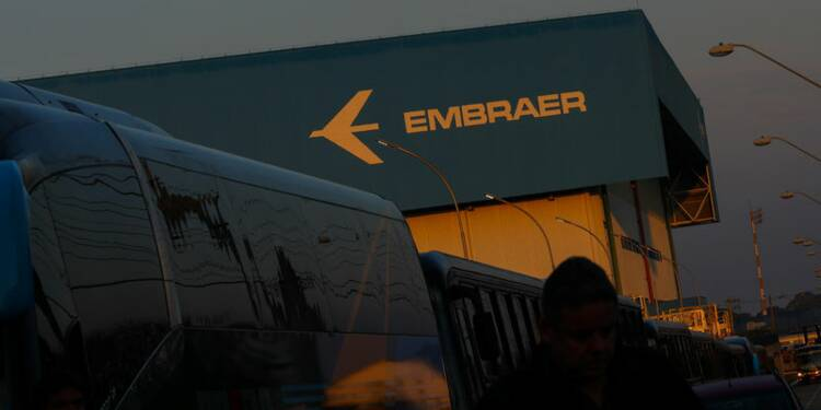 Bolsonaro approuve l'alliance Boeing-Embraer