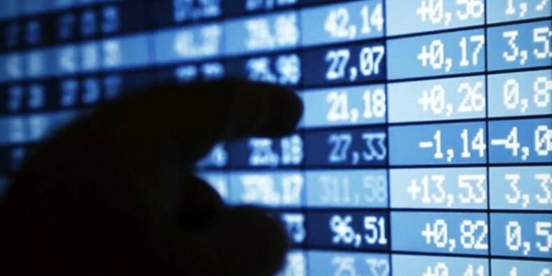 Bourses en baisse : les investisseurs, inquiets, ne cèdent pas à la panique
